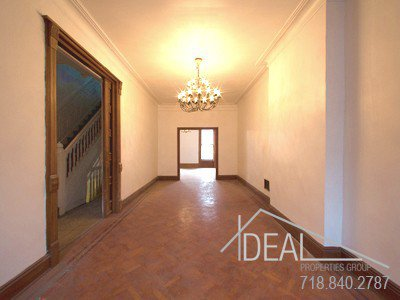 408 Park Place Photo 3 - IDEAL-S9033972